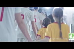 Dziecięca eskorta w promocji McDonald's przed mistrzostwami świata Rosja 2018