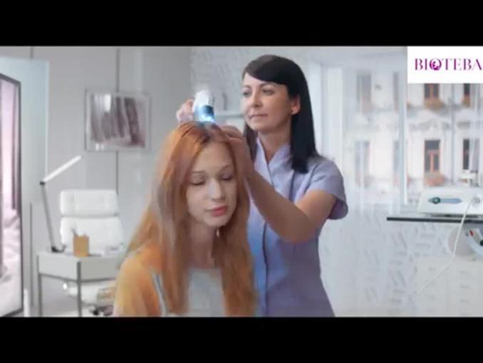 Problemy z kondycją włosów w reklamie Biotebal