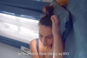 """""""Małe rzeczy są Big"""" w reklamach lodów Big Milk"""