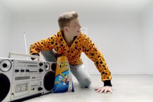 Dominik Rupiński w kampanii Cheetos