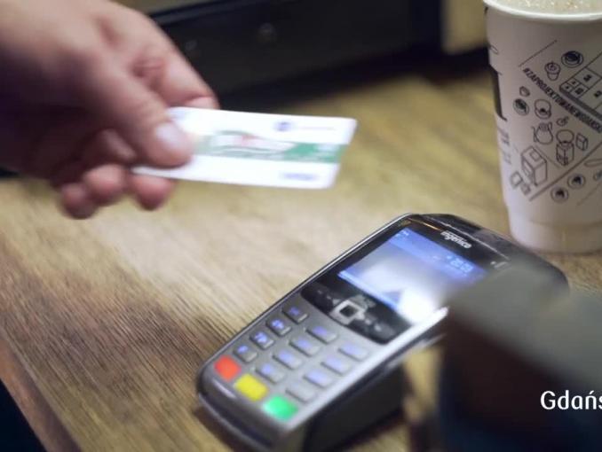 PKO BP wprowadza karty dla kibiców piłkarskiej Ekstraklasy