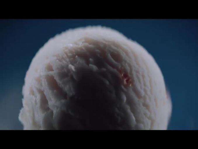 """""""Radość dla zmysłów"""" w reklamie lodów Schöller"""