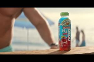 Lato na plaży w kampanii H2Owoc Tymbark
