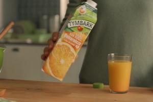 """""""Do ostatniej kropli"""" - reklama soków Tymbark w nowych kartonach"""