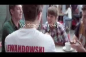 Lewandowski, Błaszczykowski i Szczęsny grają w piłkarzyki w reklamie Orange