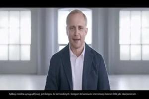 Piotr Adamczyk reklamuje mobilny dostęp do konta w eurobanku