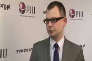 Rząd chce opodatkować w przyszłym roku zyski z polisolokat