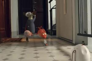 Serce i Rozum na schodach reklamują Orange