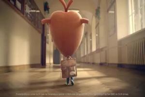 Serce i Rozum wolą tablet zamiast zeszytu w reklamie Orange