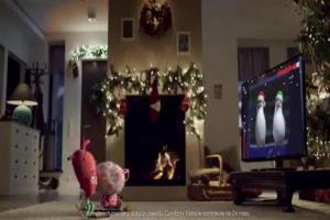 Serce i Rozum ze Świętym Mikołajem w przedpokoju reklamują FunPack z nc+ w Orange