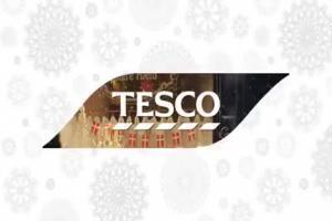 Kulinarna podróż Roberta Makłowicza w świątecznej reklamie Tesco