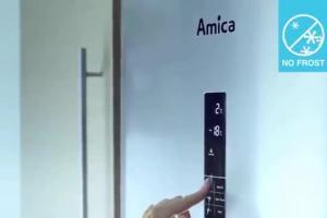 Lodówki Amica No Frost - billboard sponsorski z Agnieszką Radwańską