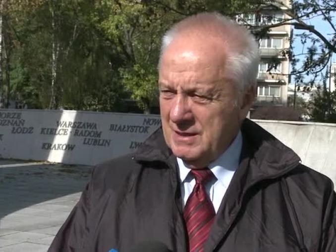 Stefan Niesiołowski: Zakup okrętu podwodnego i pocisków samosterujących u jednego producenta zagwarantuje spójność wyposażenia