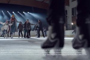 Gwiazda rocka na lodowisku - spot ubezpieczenia AXA w mBanku